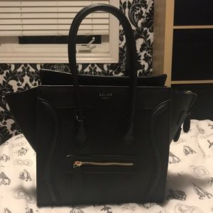 Handbags - Black shoulder bag